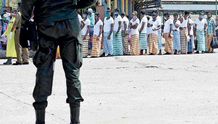 Sri Lanka: Vulnerable groups pay the price for militarisation of COVID-19 response