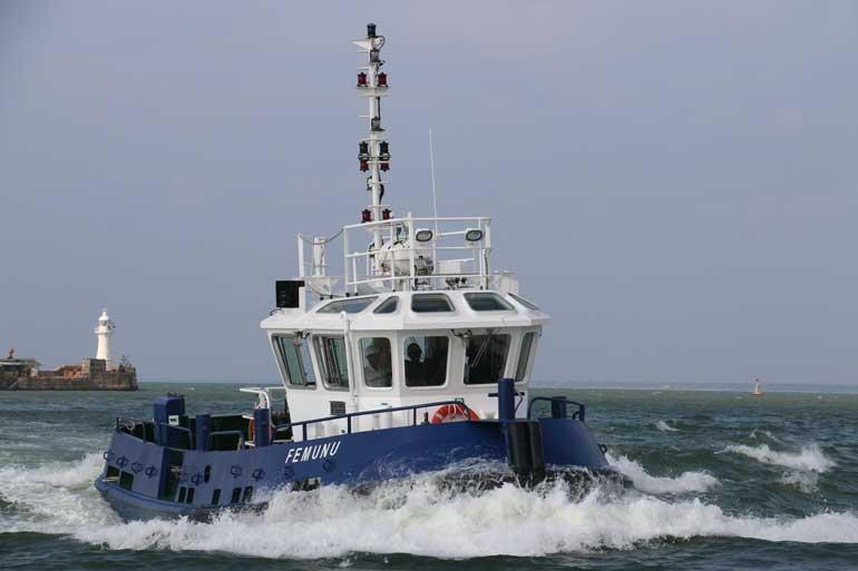 Tug-Boat-FEMUNU-at-Sea