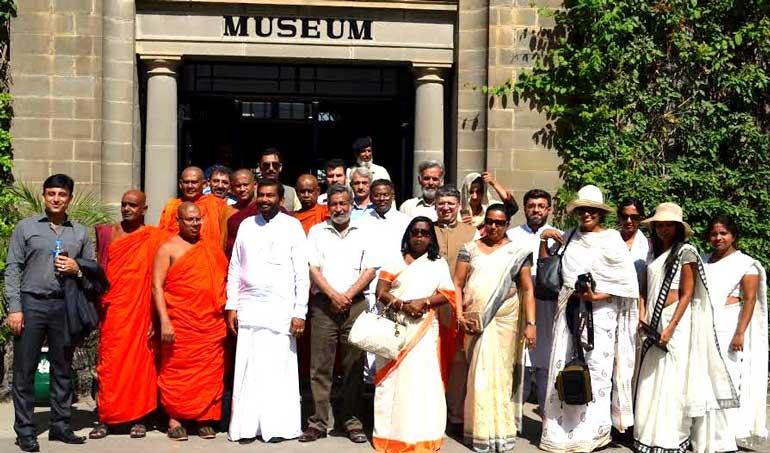 Sri-Lankan-delegation-at-Taxila-Museum