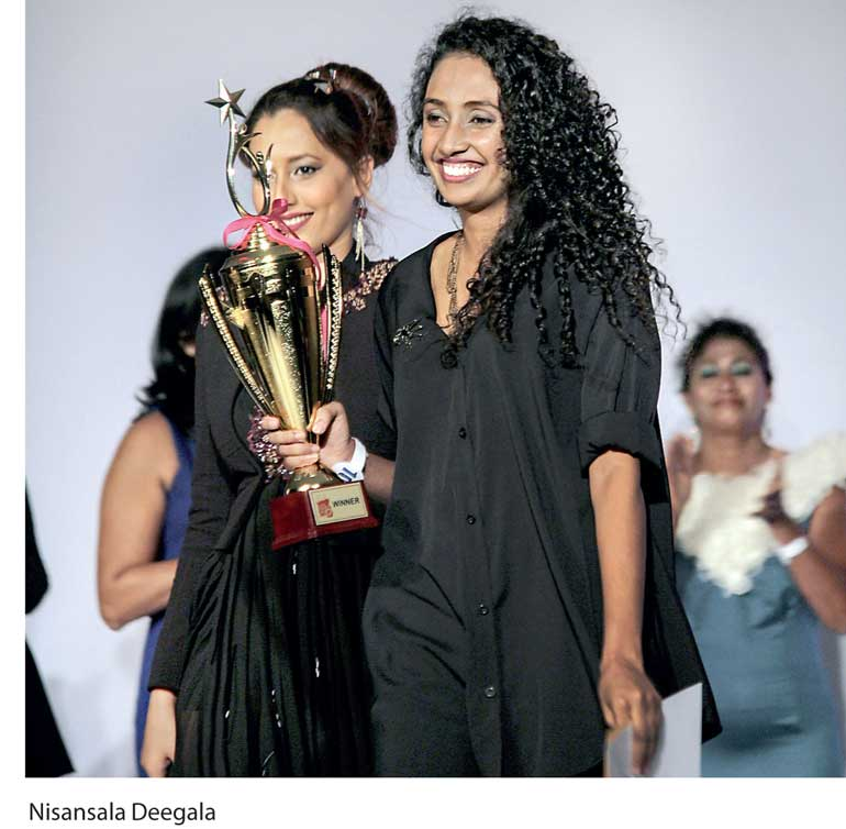 Nisansala Sweeps All Awards At Chokolaate Pond S Mdfd 2017 Daily Ft